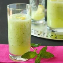 Cucumber Lemon Limoncello Cocktail