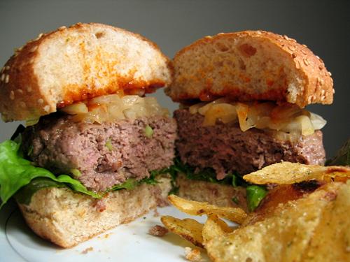 bulgogi-burger-cut