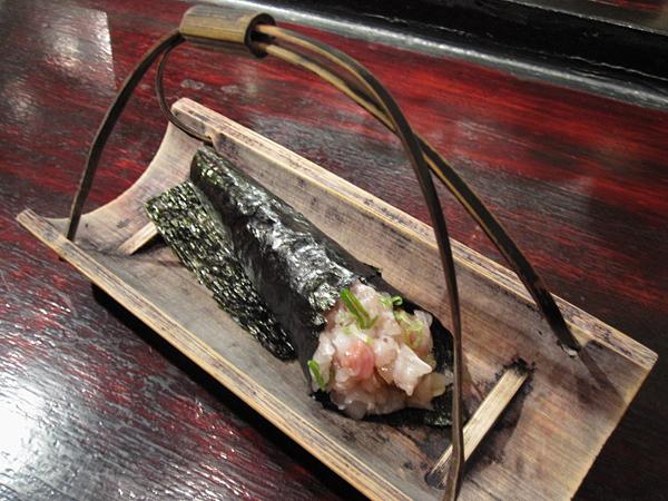 Kiyokawa, Sushi Omakase - Hamachi Handroll