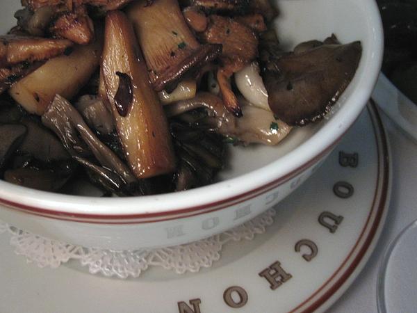 Bouchon, Beverly Hills, Sauteed Mushrooms