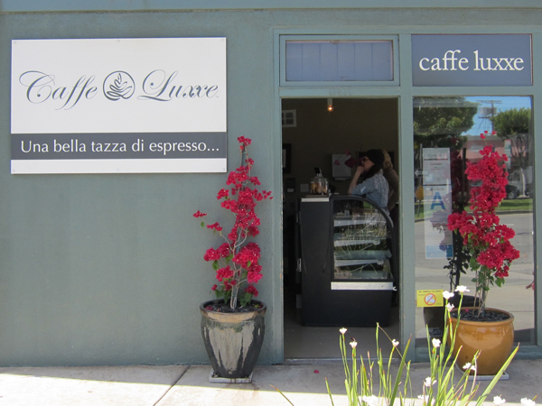 Caffe Luxxe, Brentwood - Front