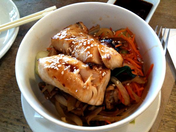 M Cafe de Chaya - Black Cod Teriyaki Bowl