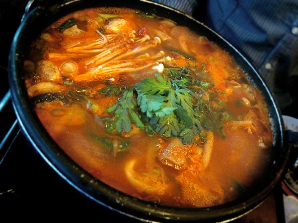 Duit Gol Mok, Koreatown - Haemool Jungol