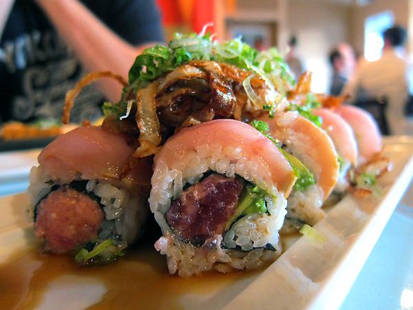 Haru Sushi Cafe - Albacore Onion Roll
