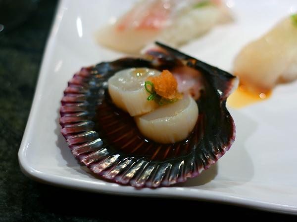 Sushi Park: king scallops