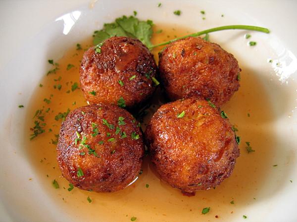 gr/eats, sawtelle - tofu balls