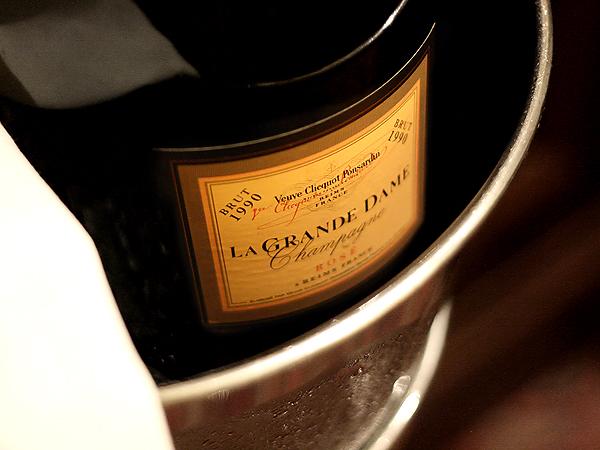 Veuve Clicquot La Grande Dame Champagne 1990