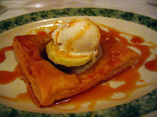 Post image for Tlapazola, West LA {restaurant} – Everyone Needs a Little Laura at Some Point