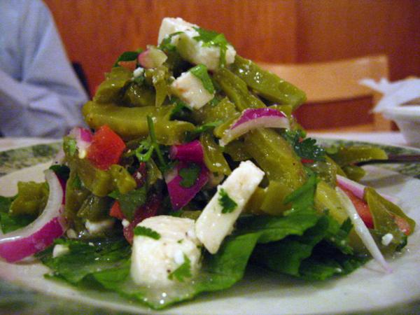 Tlapazola - nopalitos salad