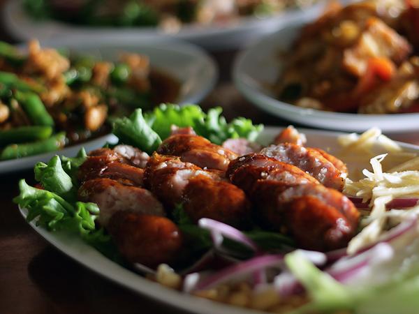 Ruen Pair Thai Restaurant - Issan sausage