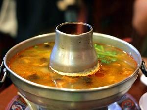 Ruen Pair Thai restaurant - tom yum soup