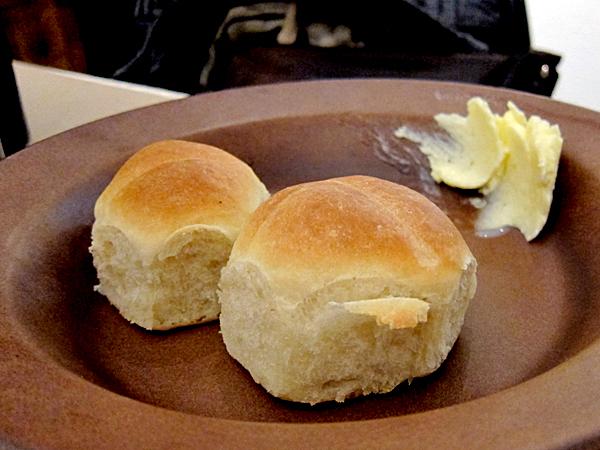 Alma Restaurant, housemade Parker house rolls