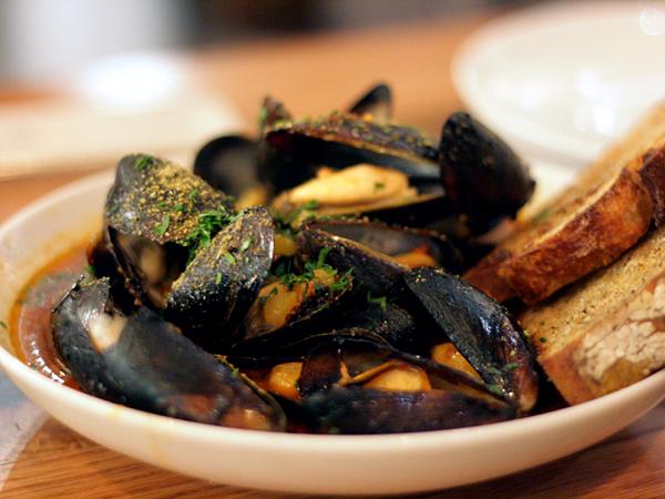 Bestia restaurant, downtown LA - mussels
