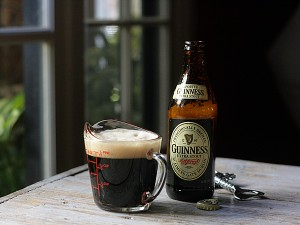 Guinness stour beer bottle, measuring cup
