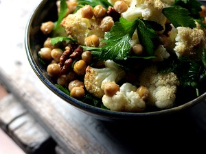 cauliflower chickpeas walnuts parsley salad