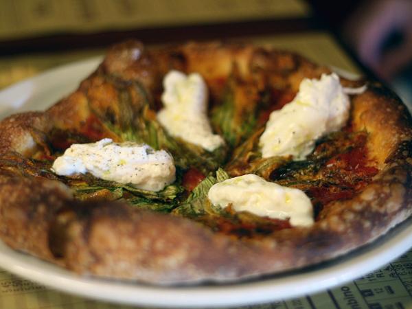 mozza-pizzeria-squashblossom-pizza