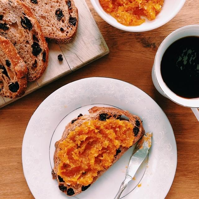 cinnamon raisin toast + butter + butternut squash coconut jam. yeah.