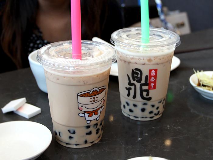Din Tai Fung, South Coast Plaza - boba tea