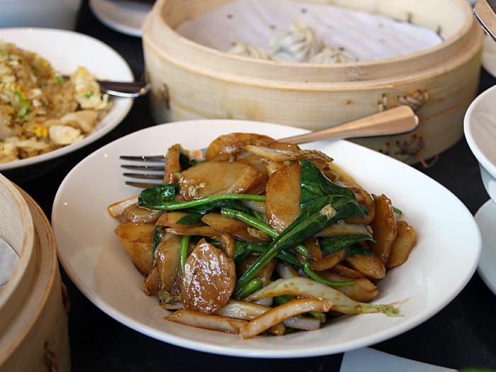 Din Tai Fung, South Coast Plaza - stir fried rice cakes